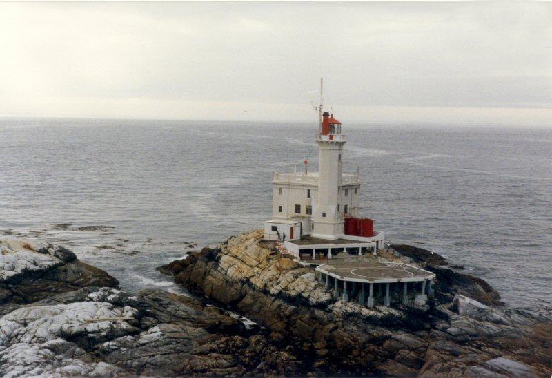 triple-island_provan_800x600