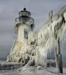 frozen_lighthouse_st_joseph_north_pier_lake_michigan_01