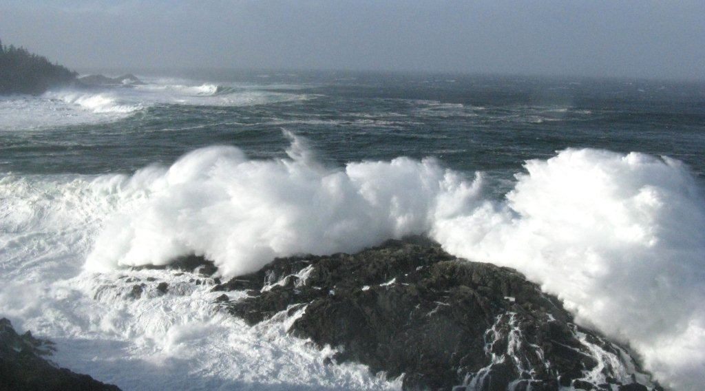 Rough seas off the lighthouse